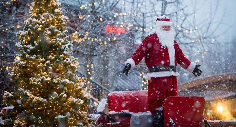 Christmas 2019 Celebrations, 25 Dec Beautiful Images, Stories, Home Wallpapers